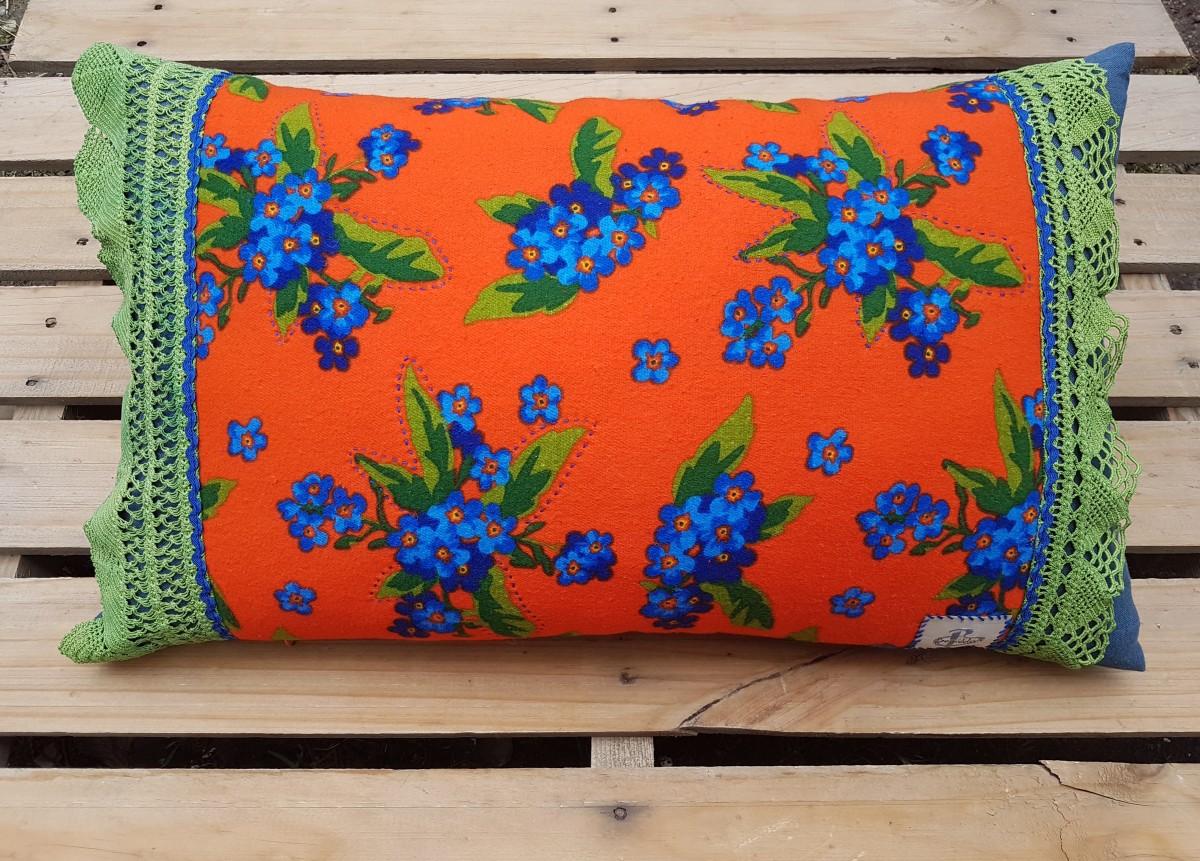 Beg_2636_40x65 Cm Turuncu-yeşil Dantelli Güzellik Yastık