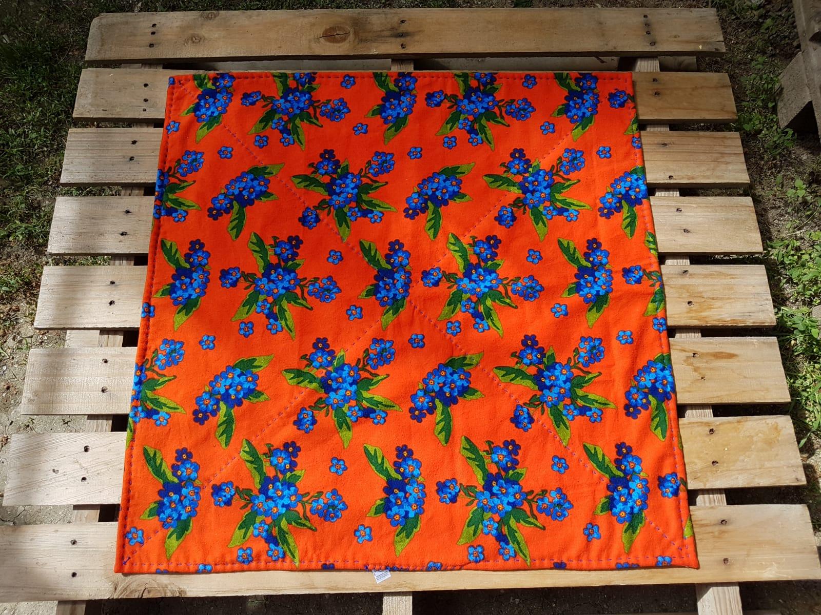 Turuncu Zemin Gece Mavisi Çiçekler Hamur Mayalama Örtüsü 78x78 Cm_beg_2908