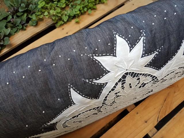 45 X 90 Denim Kumaş Üzerine Beyaz İş Noktalı Yastık Beg_3107