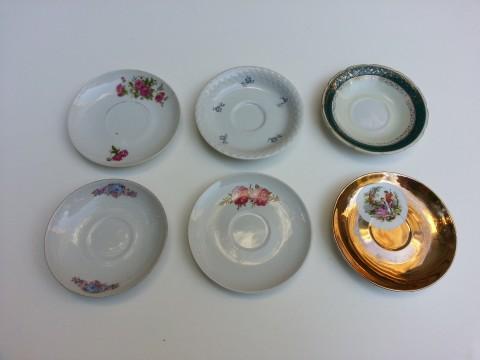 Beg_0820_porselen Fincan-çay Tabakları