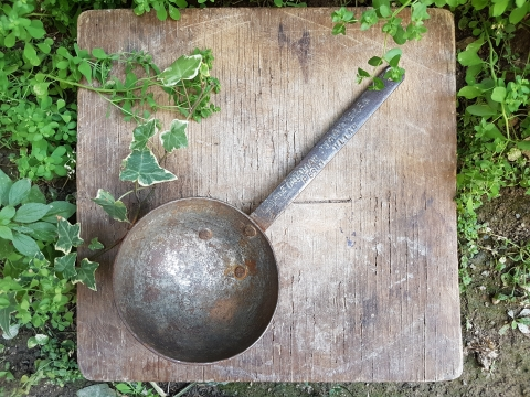 Dualı Demir Kepçe Beg_1767