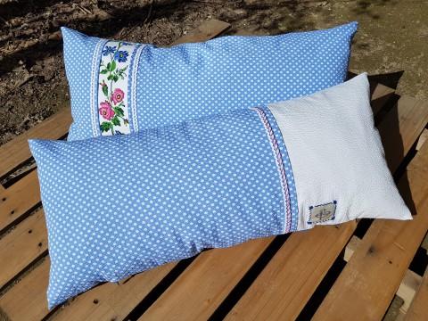 Beg_2275_mavi Puanlı Sol Baş Kanaviçeli Yastık