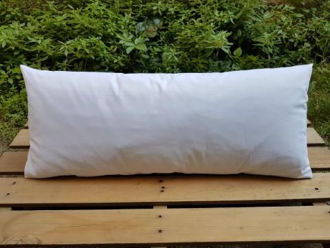 Beg_2358_35 X 78 Cm Elde Kanaviçe_iri Pembe Güller_işlemeli Beyaz Yastık